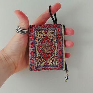 4/$15 - tiny zip pouch